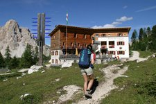 Hiking Hotels
